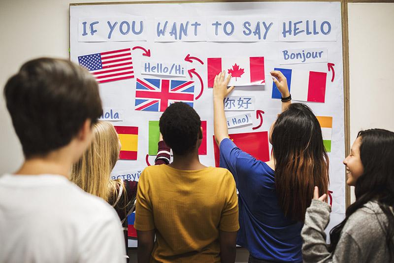 Aprender otros idiomas, uno de los propósitos de año nuevo más frecuentes