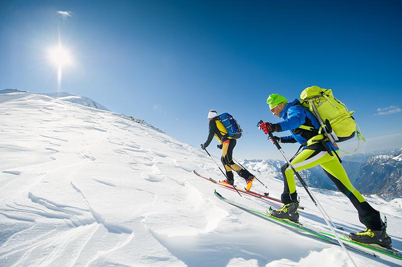 Tener un hobby con tu pareja, como por ejemplo ir a hacer senderismo en la montaña