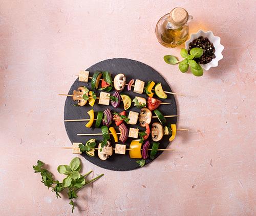 Receta de brochetas, verduras y tofu