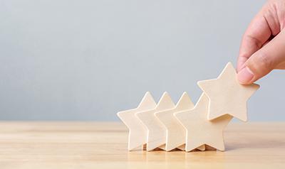Cinco estrellas mostrando calidad
