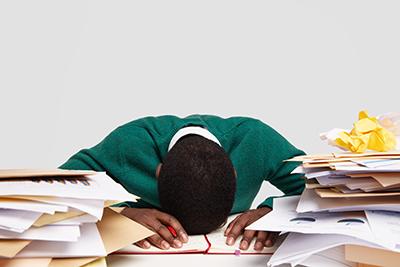No debes tener prisa para realizar tus tareas, es decir, precrastinacion